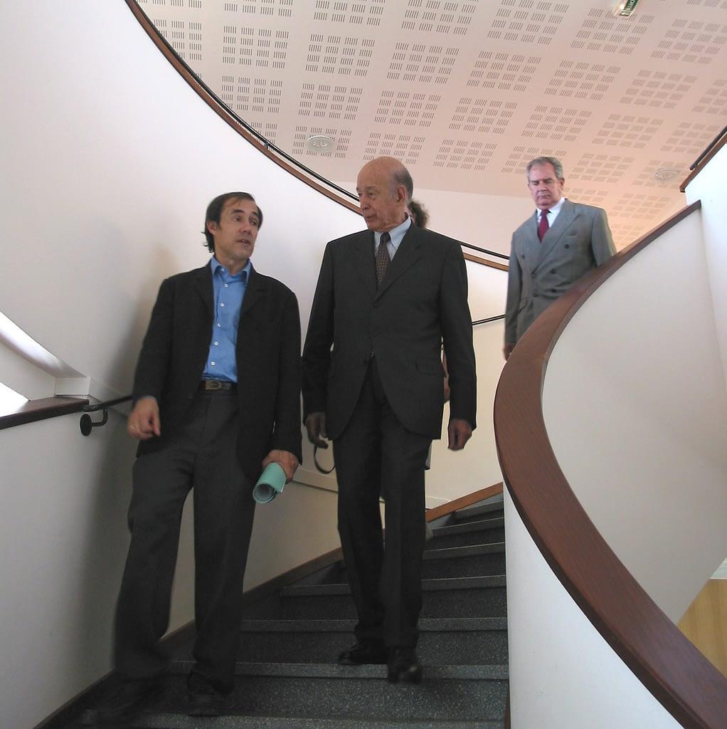 Alain Quilliot aux côtés de Valéry Giscard d'Estaing lors de l'inauguration des nouveaux bâtiments de l'ISIMA le 18 juin 2002.